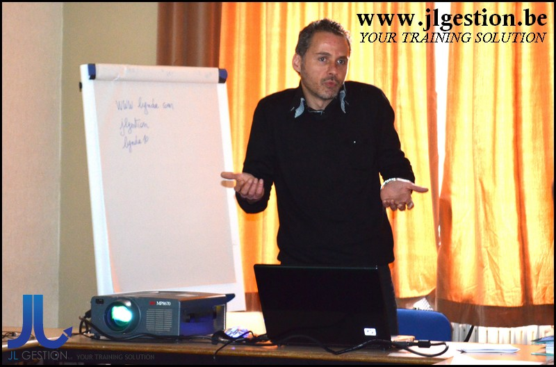 Flex 4 / Comprehensive Introduction
